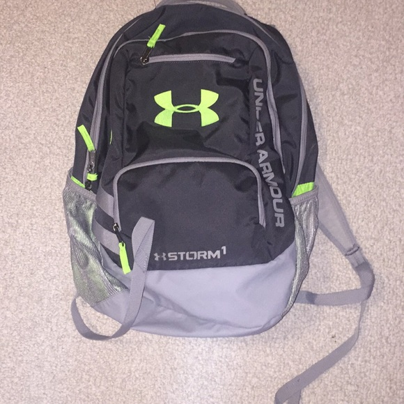 59753b763689 Under Armour Storm1 Backpack. M 5b58b1965a9d21f8fc1d9f9c